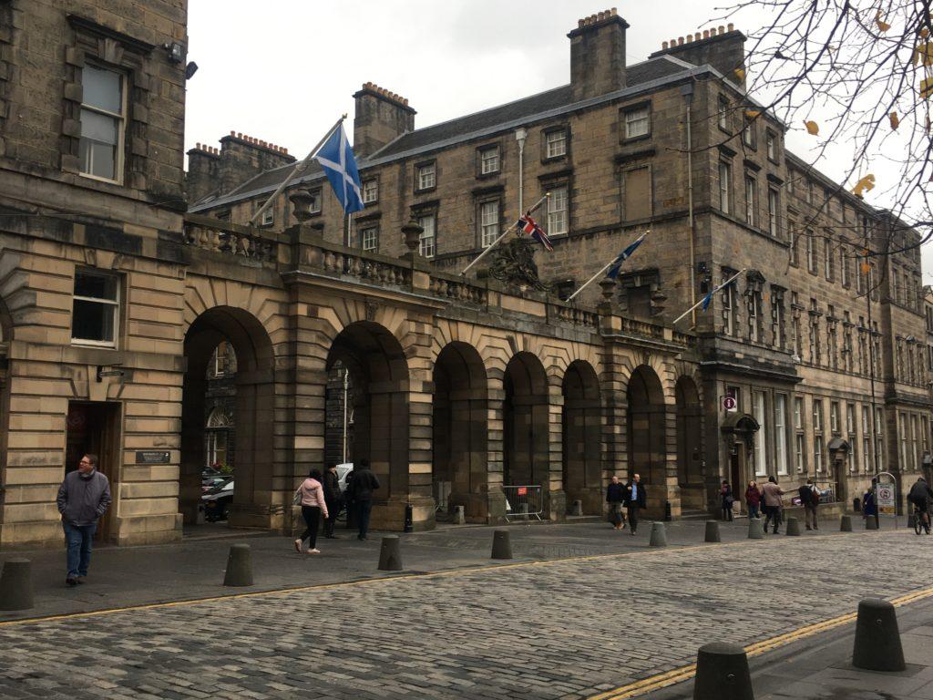 road trip en Ecosse : parlement écossais