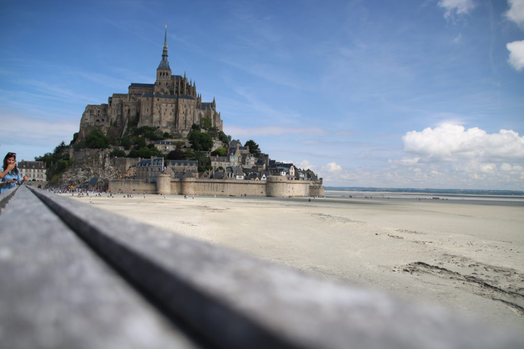 Baie du Mont Saint Michel, église, rétrospective
